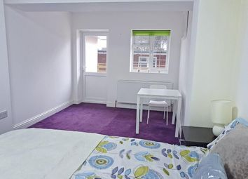 Thumbnail 6 bed property for sale in Cheyneys Avenue, Canons Park, Edgware