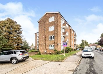 2 bed flat for sale in Love Lane, Woodford Green IG8