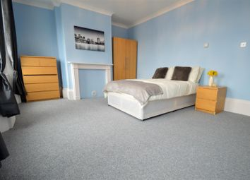 Thumbnail 1 bed property to rent in New Road, Chatham