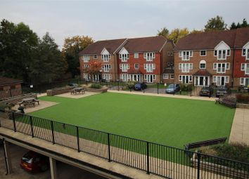 Thumbnail 1 bed property to rent in Tuscany Gardens, Crawley