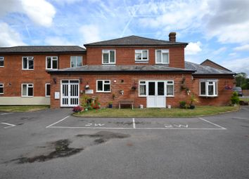 Thumbnail 2 bedroom flat for sale in Reading Road, Sherfield-On-Loddon, Hook