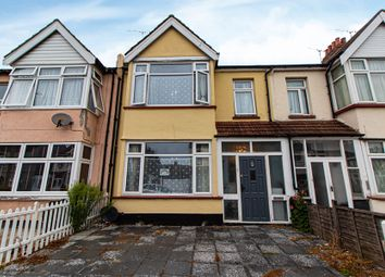 Central Avenue, Southend-On-Sea SS2. 3 bed terraced house