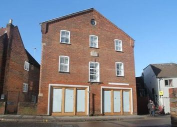 Thumbnail 2 bed flat to rent in 14 Pauls Row, High Wycombe
