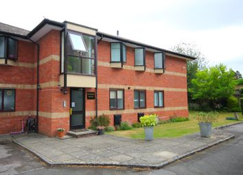 Thumbnail 2 bedroom flat to rent in Windsor House, St Andrews Road, Henley-On-Thames