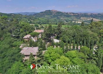 Thumbnail Country house for sale in Via Delle Colombelle, Montepulciano, Siena, Tuscany, Italy