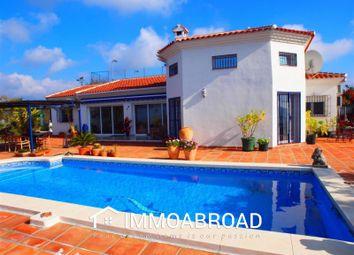 Thumbnail 3 bed villa for sale in 29753 Arenas, Málaga, Spain