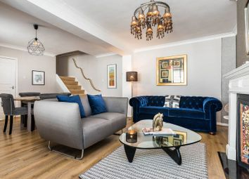 Thumbnail 2 bedroom property for sale in Lexham Mews, High Street Kensington