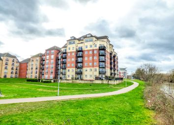 Thumbnail 3 bed flat for sale in Palgrave Road, Bedford