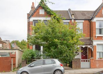 2 bed property for sale in Princes Avenue, Alexandra Park, London N22