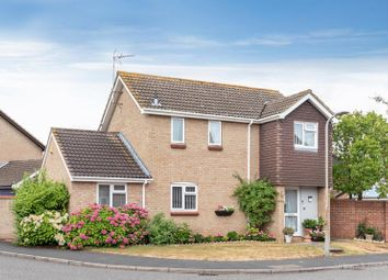 Thumbnail 3 bed detached house for sale in Greenwich Gardens, Newport Pagnell