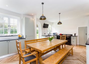 Thumbnail 6 bed detached house to rent in Church Street, Henfield