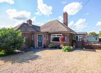Thumbnail 4 bedroom detached house for sale in Hillside, Orwell, Royston