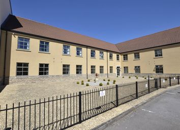 River Place, Bath, Somerset BA2. 3 bed flat for sale