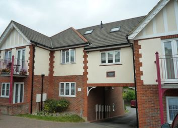 Thumbnail 1 bed flat to rent in Chapel Lane, High Wycombe