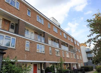 3 bed maisonette to rent in Eric Street, Mile End, London E3
