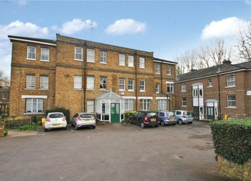 Thumbnail 1 bedroom flat for sale in Cambridge Court, Cambridge Road, Southend-On-Sea