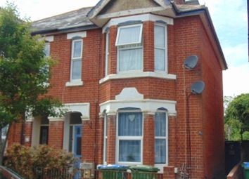 2 bed maisonette to rent in Hazeleigh Avenue, Southampton SO19