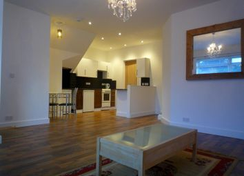 Thumbnail 1 bed flat to rent in Queens Crescent, Burgess Hill