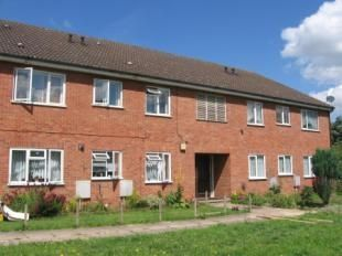 Thumbnail 1 bed flat to rent in Landau Way, Broxbourne, Hertfordshire
