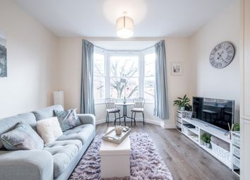 Thumbnail 1 bed flat to rent in Lansdowne Road, Bedford