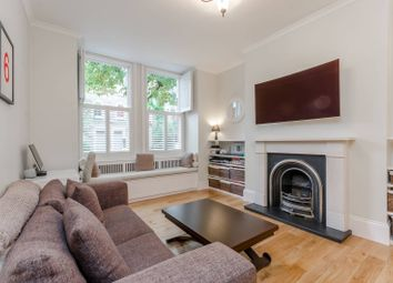 Thumbnail 1 bedroom flat for sale in Barclay Road, Fulham