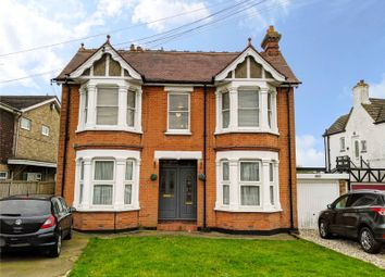 Thumbnail 3 bed flat for sale in Hart Road, Thundersley, Essex