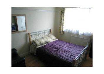 Thumbnail Room to rent in Longhill Road, Catford, London