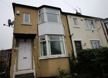 Thumbnail 2 bed town house to rent in Ashbourne Oval, Bradford