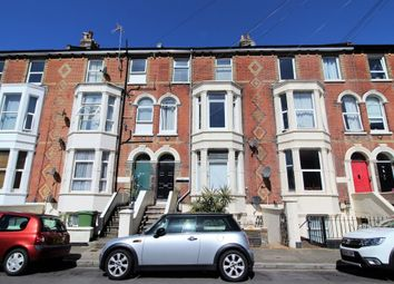 Thumbnail 2 bedroom flat for sale in Elphinstone Road, Southsea