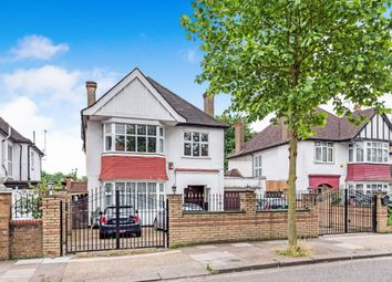 Thumbnail 5 bed property for sale in The Avenue, London