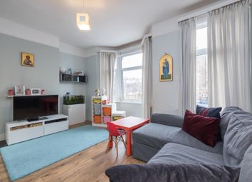 Kemsing Road, Greenwich, London SE10. 1 bed flat