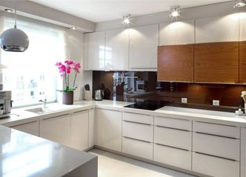 Thumbnail 3 bed flat to rent in Halsey Street, Chelsea