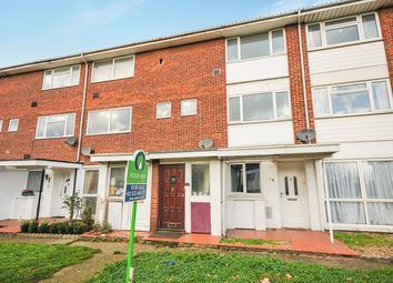 Thumbnail 2 bed flat for sale in Goldsel Road, Swanley