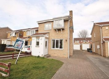 Thumbnail 3 bedroom detached house to rent in Heather Close, Selby