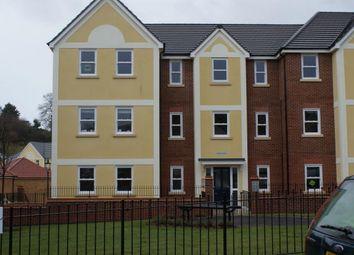 Thumbnail 2 bedroom flat to rent in Kingsley Avenue, Torquay
