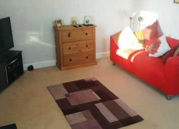 Thumbnail 1 bed flat to rent in Leeds Road, Harrogate
