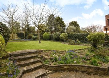 5 bed property to rent in The Ridings, Ealing, London W5