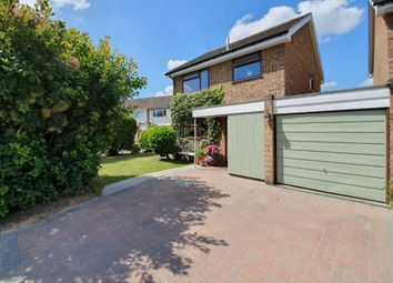 3 bed detached house for sale in Oakfield, Knaphill, Woking GU21