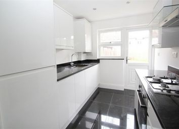 Thumbnail 2 bedroom flat for sale in Mansfield Road, Ilford, Essex