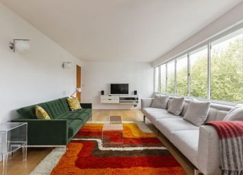 Thumbnail 3 bed flat for sale in North Hill, Highgate Village