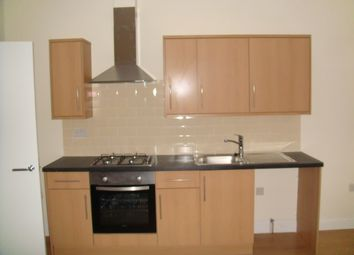 Thumbnail 1 bed flat to rent in Penge, London