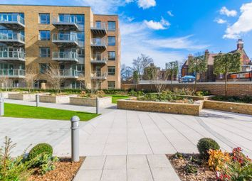 Thumbnail 2 bed flat to rent in Smithfield Square, Harringay