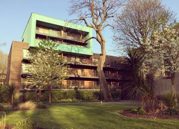 Thumbnail 2 bed flat to rent in St. James's Road, London