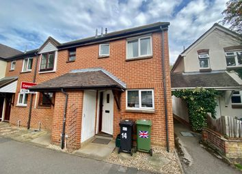 Lincoln Place, Thame, Oxon OX9. 2 bed terraced house