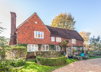 Dowlands Lane, Smallfield, Horley RH6. 6 bed detached house for sale
