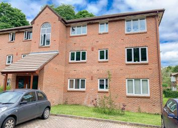 Thumbnail 2 bedroom flat for sale in Tilebarn Close, Henley-On-Thames