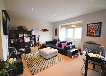 Thumbnail 2 bed flat to rent in Castlewood Road, London