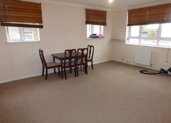 Thumbnail 2 bed flat to rent in Waterloo Road, Southampton