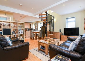 Thumbnail 2 bedroom flat for sale in Devonshire Road, London