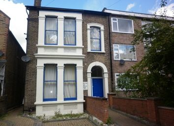 1 bed flat to rent in Hainault Road, London E11